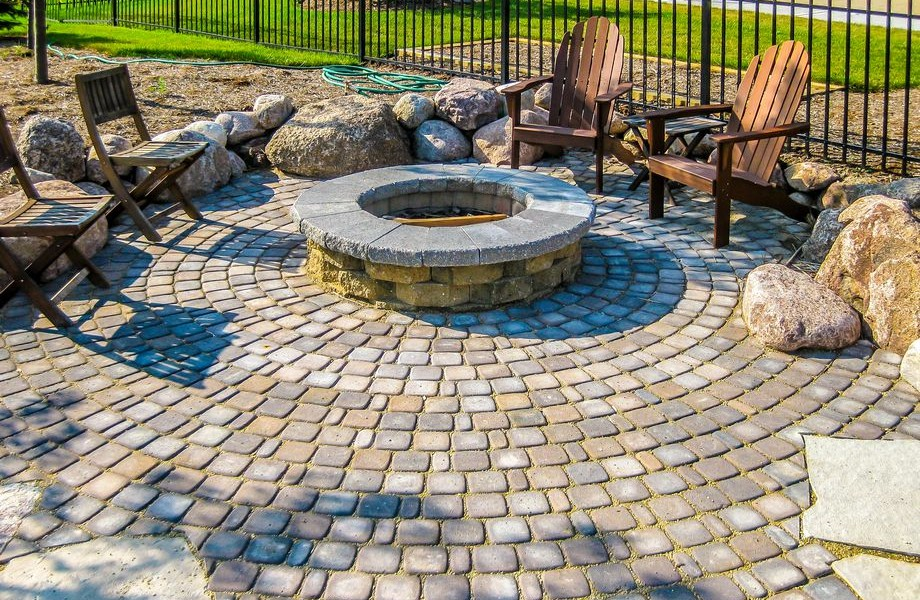 Bouldered Fire Pit